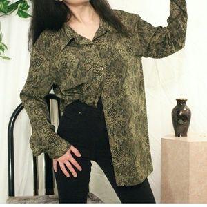 SUSAN GRAVER Women's Blouse Snake skin pattern 2X